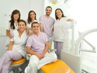 Vélez y Lozano Dental Office - Dental Clinics in Spain